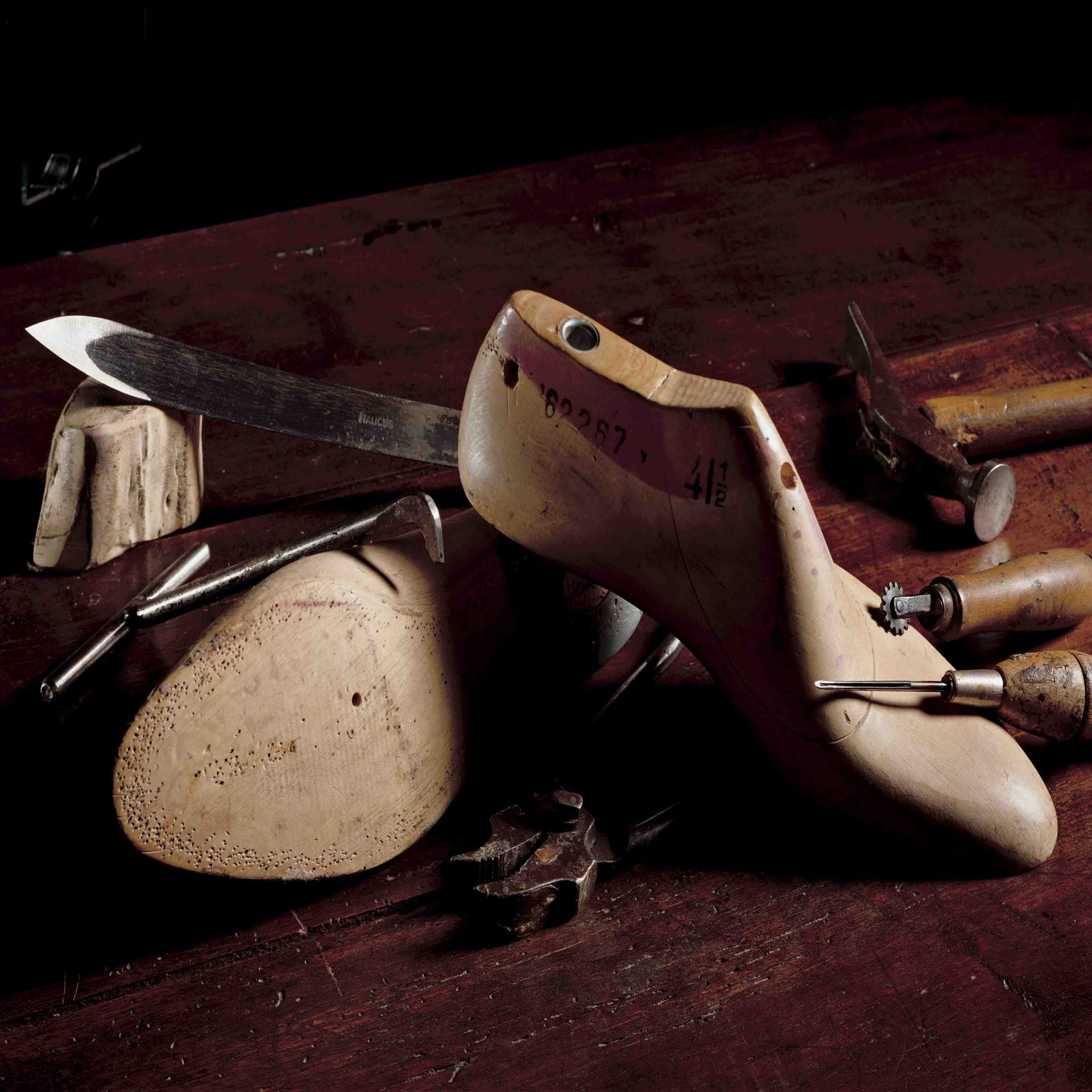 SANTONI - A PASSION FOR LEATHER